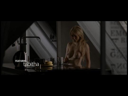 【外人】金髪ヘアーでパーフェクトボディのピンクまんこ美女のポルノ画像 1013
