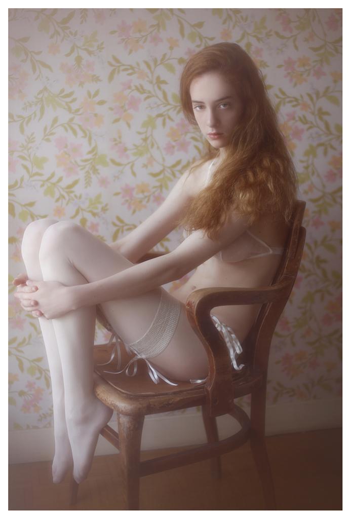 【外人】美しい妖精のような華やかさで魅了する白人美少女のポルノ画像 1018