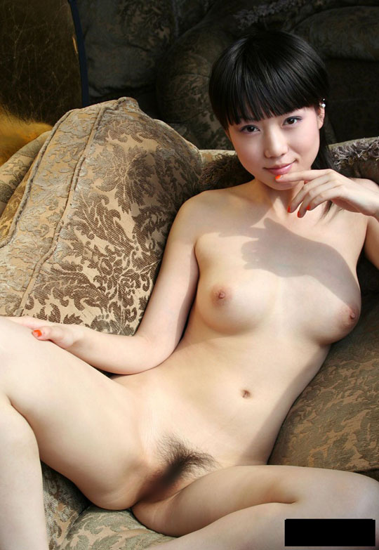 【外人】中国人の童顔ロリ顔美少女の张筱雨(チャンシャオユー)がおっぱいとおまんこ晒すポルノ画像 1109