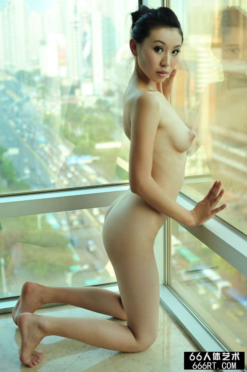 【外人】中国人のロリ顔美少女がおっぱい晒すポルノ画像 1229