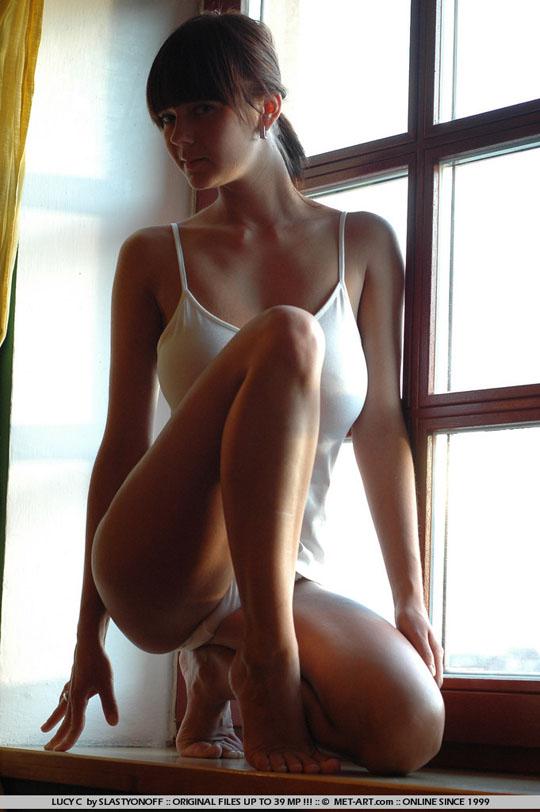 【外人】チェコの童顔ロリフェイスHカップ爆乳モデルルーシー(Lucy)Cのポルノ画像 131