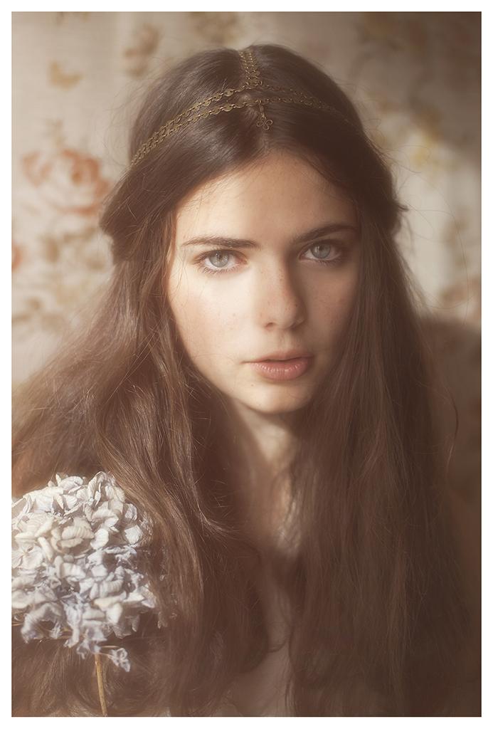 【外人】美しい妖精のような華やかさで魅了する白人美少女のポルノ画像 1511