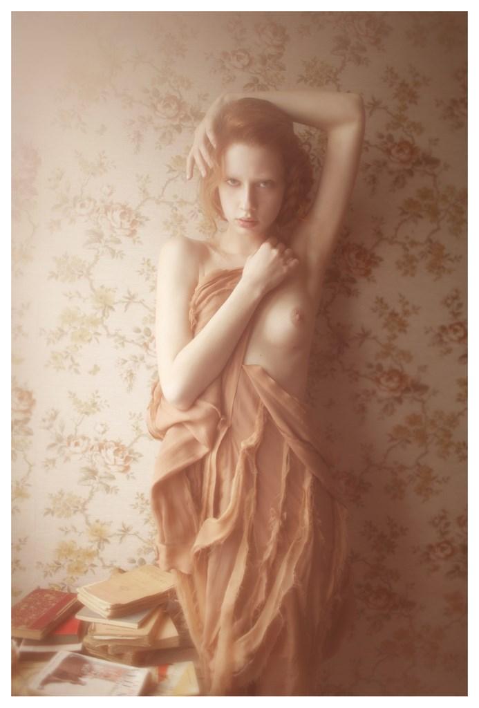 【外人】天才写真家ヴィヴィアン・モクが天使の美少女を写し出すポルノ画像 1525