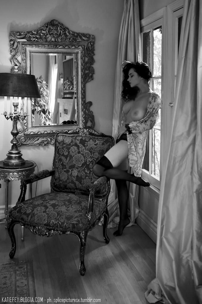 【外人】エヴァ・グリーン激似のJenya Dのおっぱいポルノ画像 1540
