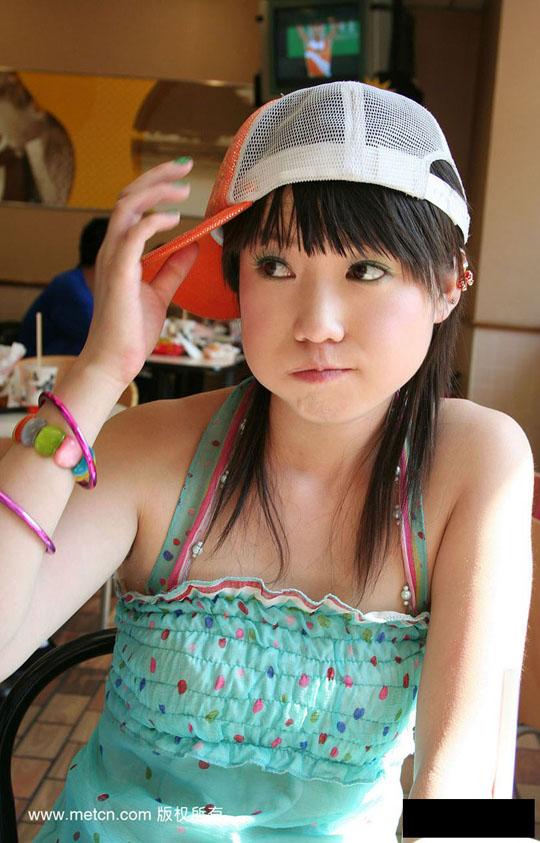 【外人】中国人の童顔ロリ顔美少女の张筱雨(チャンシャオユー)がおっぱいとおまんこ晒すポルノ画像 1622