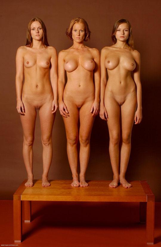 【外人】世界の美女だけが集合した野外露出のヌードポルノ画像 206