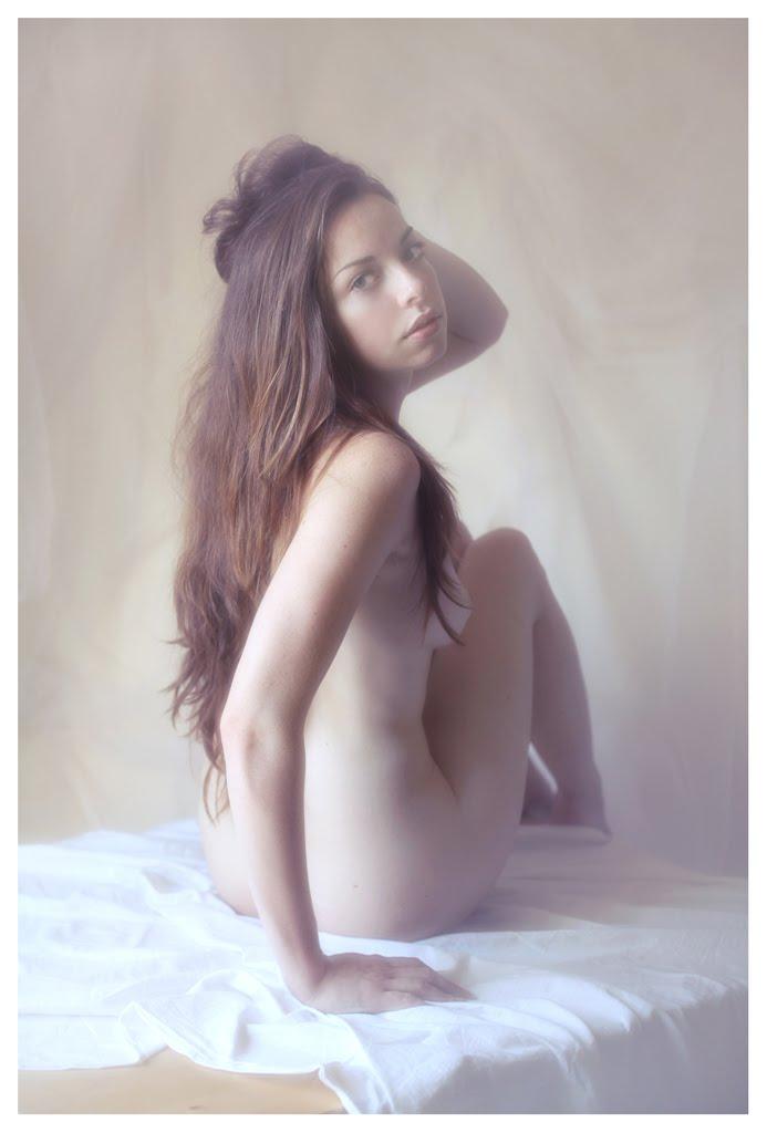 【外人】美しい妖精のような華やかさで魅了する白人美少女のポルノ画像 225