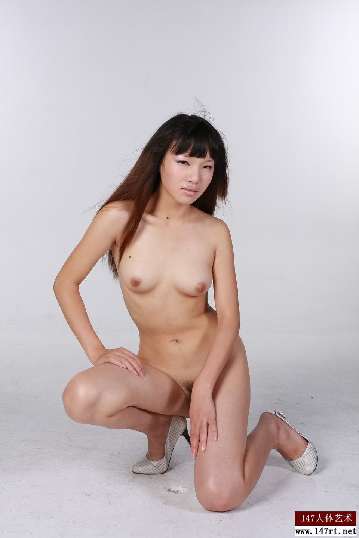 【外人】中国人のロリ顔美少女がおっぱい晒すポルノ画像 2412