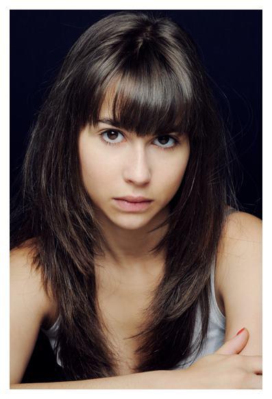 【外人】思春期の女の子役のレオポルディーヌ・セール(Leopoldine Serre)がロリ顔活かしておっぱい出しちゃうポルノ画像 260