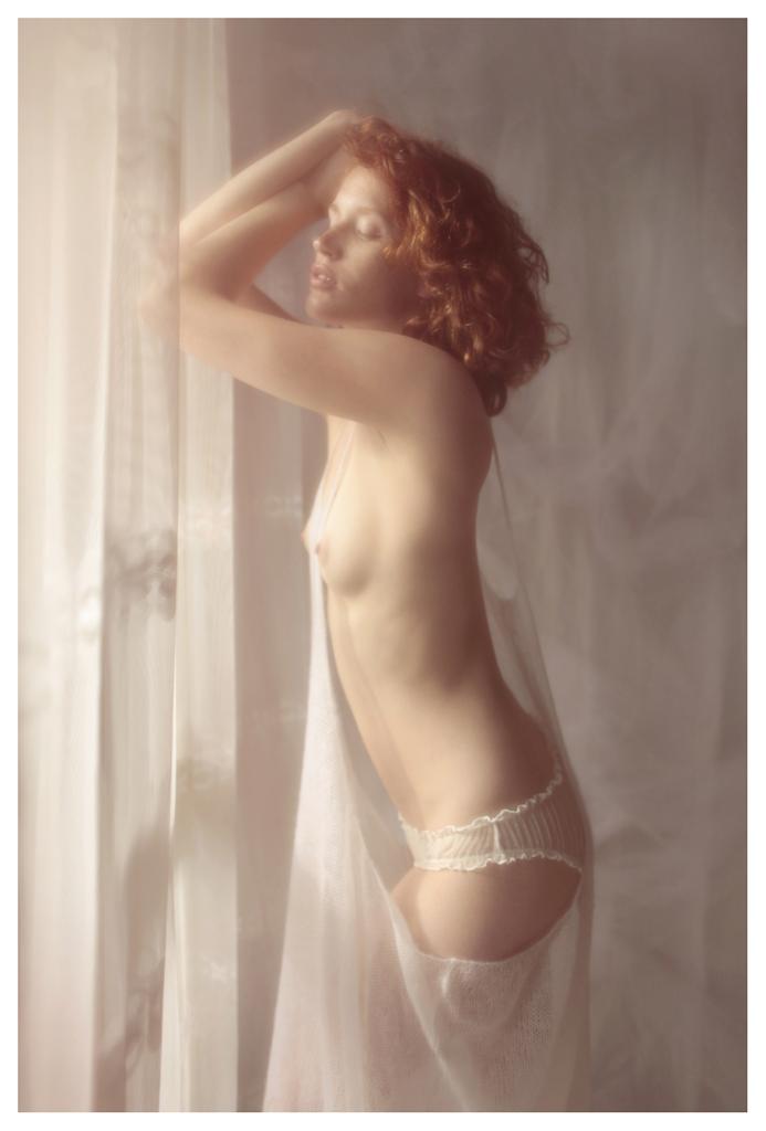 【外人】美しい妖精のような華やかさで魅了する白人美少女のポルノ画像 3110