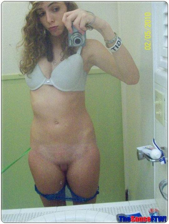 【外人】自画撮りしたおっぱいまんこアナルをチャットで晒すポルノ画像 412