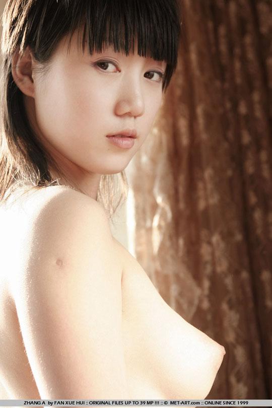 【外人】中国人の童顔ロリ顔美少女の张筱雨(チャンシャオユー)がおっぱいとおまんこ晒すポルノ画像 4210