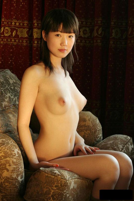 【外人】中国人の童顔ロリ顔美少女の张筱雨(チャンシャオユー)がおっぱいとおまんこ晒すポルノ画像 437