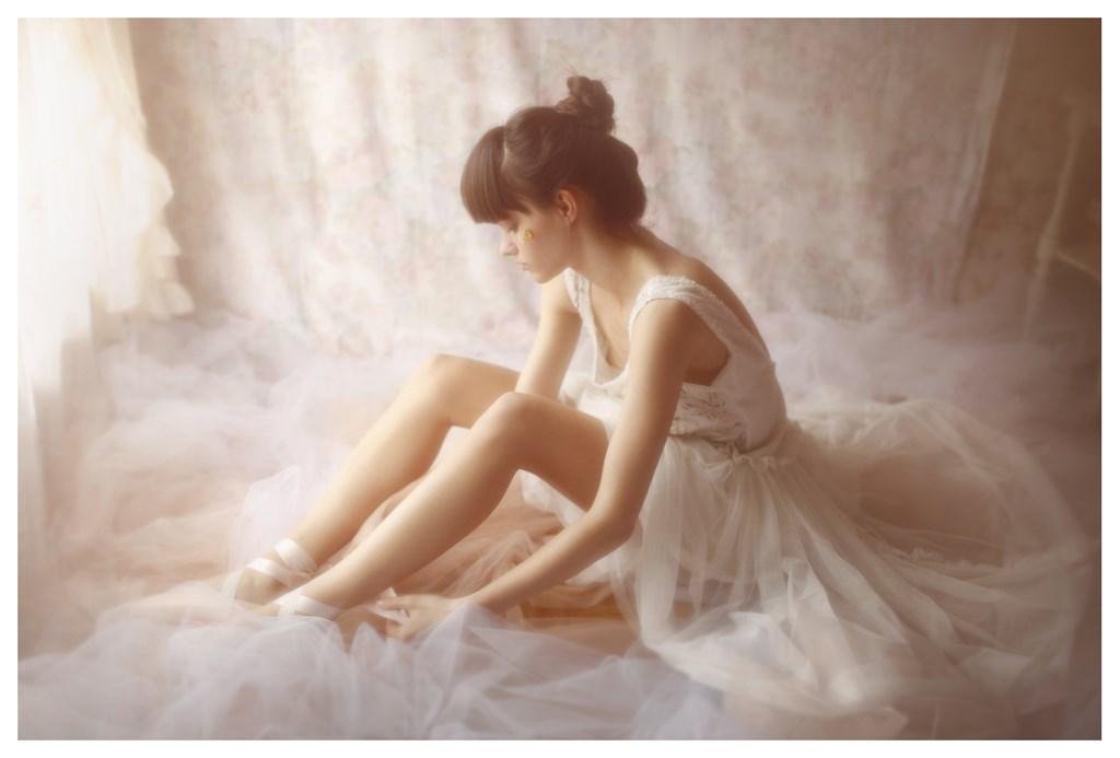 【外人】天才写真家ヴィヴィアン・モクが天使の美少女を写し出すポルノ画像 439
