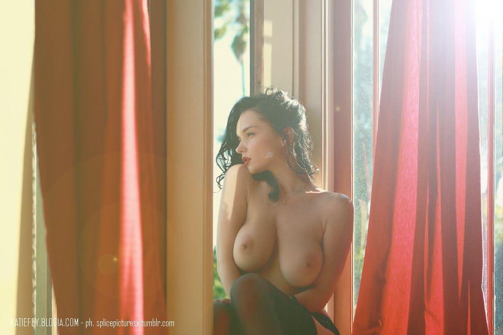 【外人】エヴァ・グリーン激似のJenya Dのおっぱいポルノ画像 460