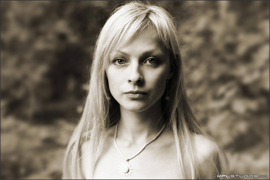 【外人】ロシアの美少女モデル・ヤナ(Yana)のヴァージン(処女作)ポルノ画像 62
