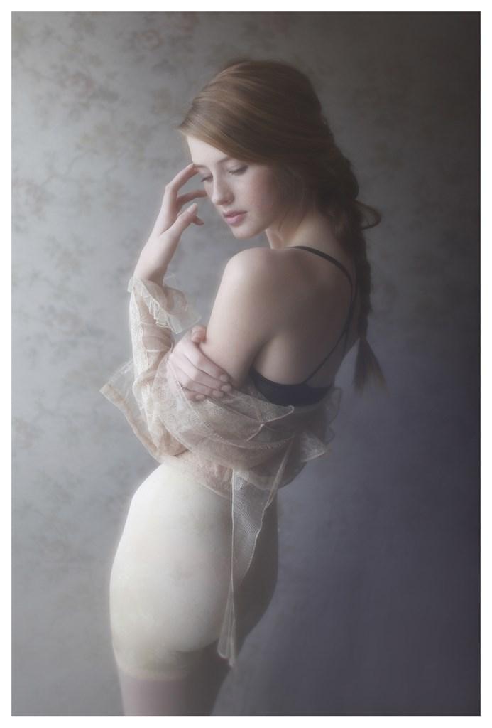 【外人】天才写真家ヴィヴィアン・モクが天使の美少女を写し出すポルノ画像 635