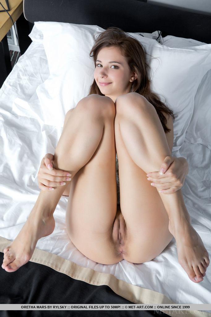 【外人】ベラルーシの19歳モデル・Oretha Marsの美乳おっぱい&おまんこポルノ画像 88