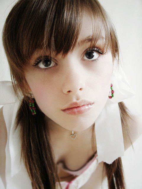 【外人】精霊の様な気品ある美少女が美乳おっぱい見せつけてるポルノ画像 938