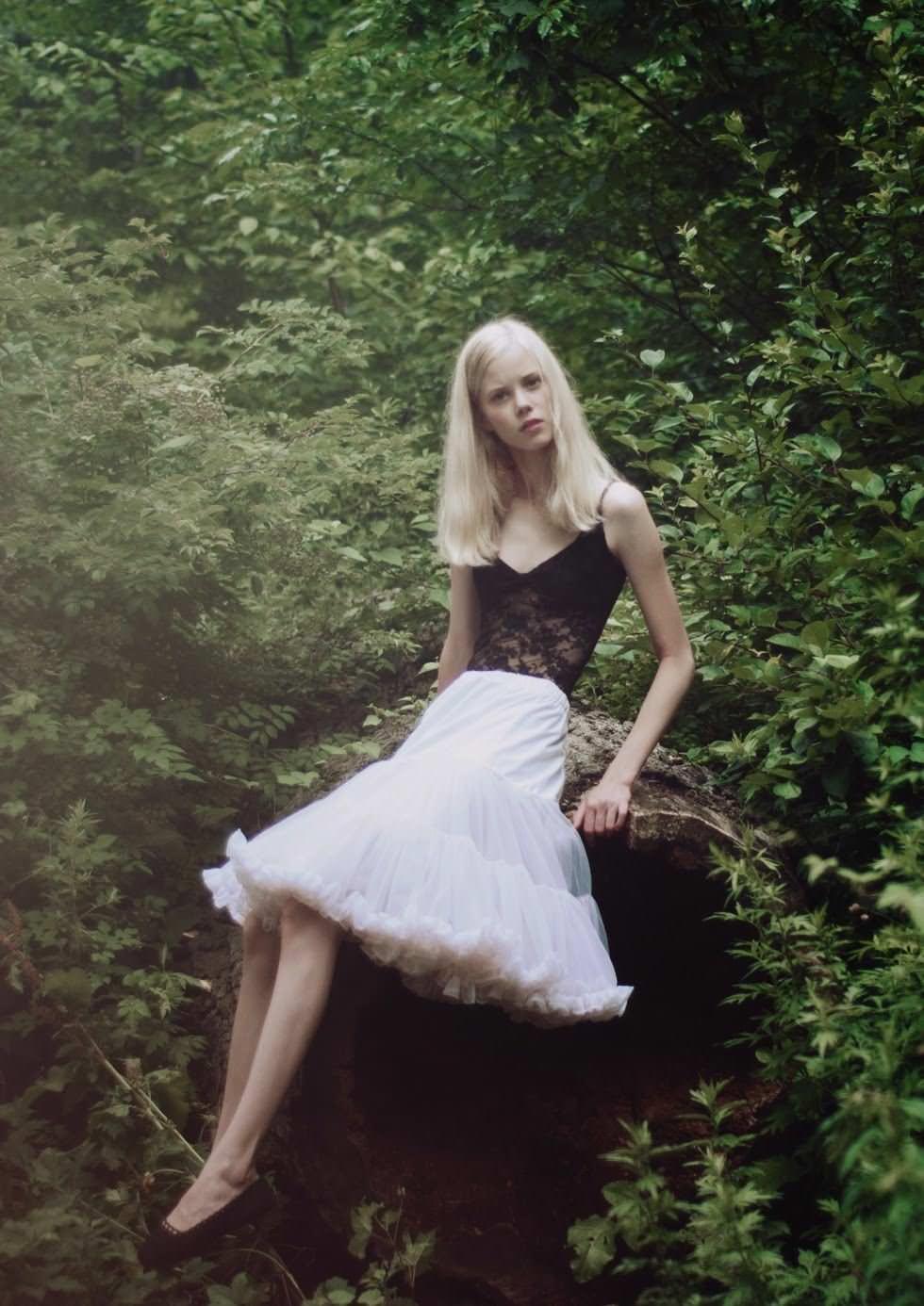 【外人】デンマークの妖精アメリー·シュミット(Amalie Schmidt)が異常な程可愛いポルノ画像 10117