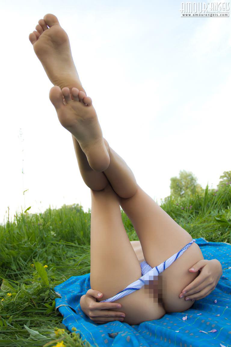 【外人】天からの使い!?ブラウンアイが妖艶なウクライナ美乳モデルKseniaのポルノ画像 10157