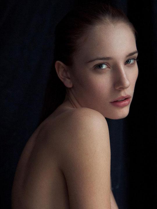 【外人】スレンダーな美女のMaja Simonsenがロンドンで撮影したヌードポルノ画像 102