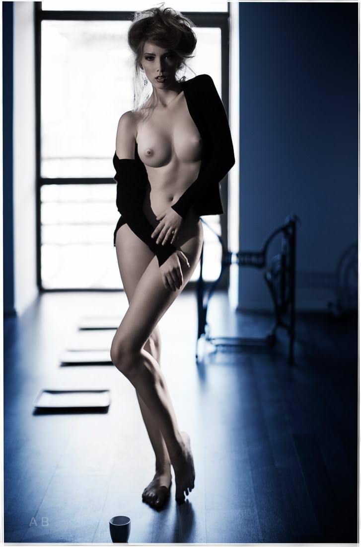 【外人】ロシアの写真家Arkady Barulin芸術的におっぱいを撮影するポルノ画像 10209
