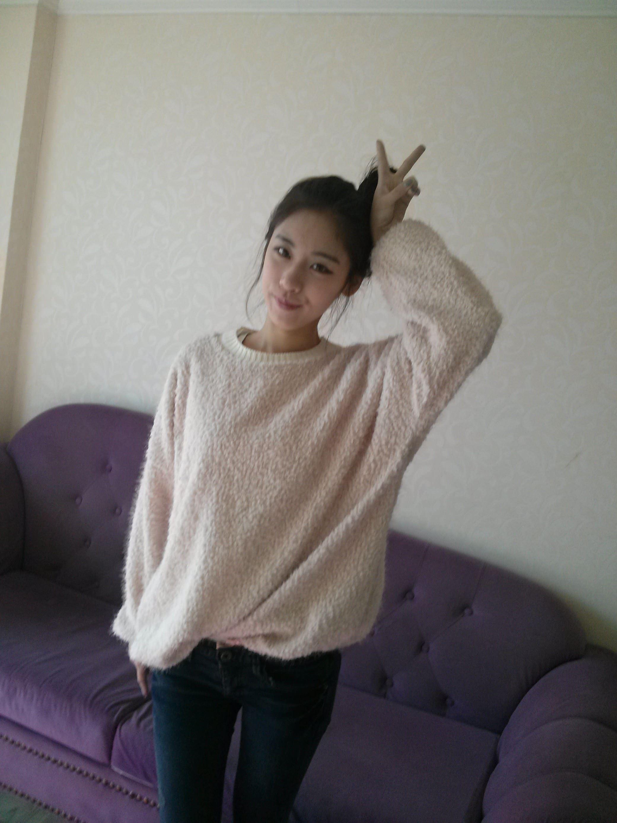 【外人】韓国人の激カワ素人娘が彼氏に勝手にエロ画像をネット公開されたポルノ画像 11073