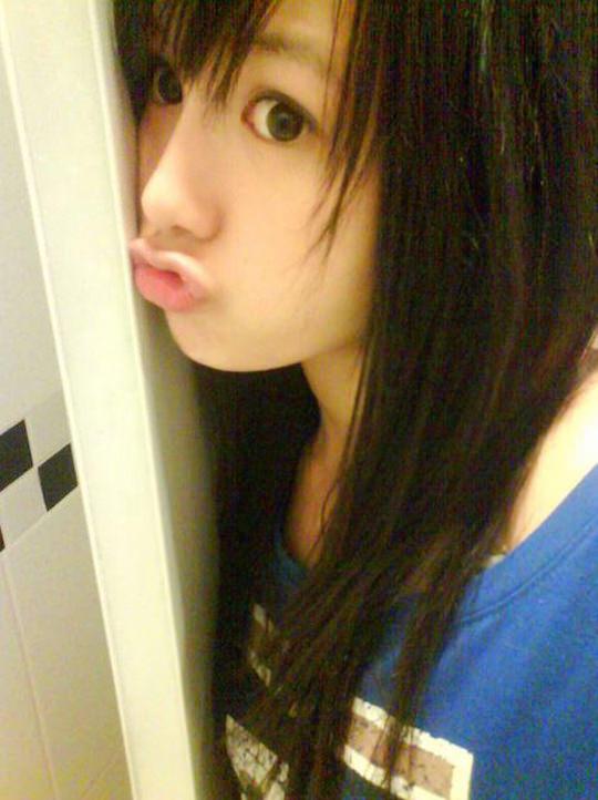 【外人】台湾人美少女の泡泡(パオパオ)が可愛すぎて勃起しちゃう自画撮りポルノ画像 11102