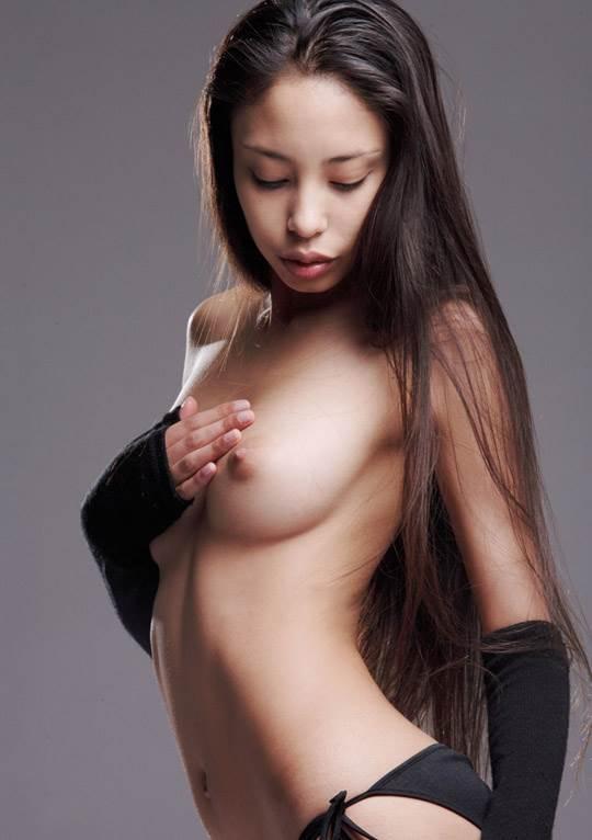 【外人】卒業後すぐに撮影したアレクシス(Alexis)の美乳おっぱいフルヌードポルノ画像 11161