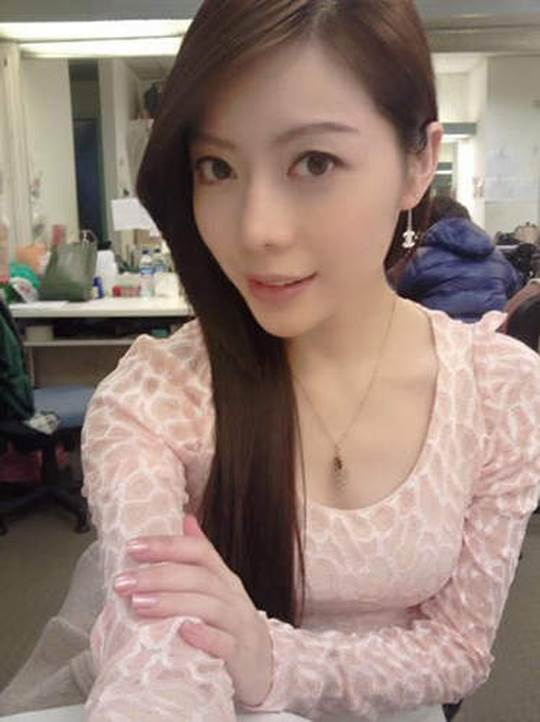 【外人】貧乳おっぱい顔の台湾出身タレント韓雨恩(ハンユン)のエロ可愛いポルノ画像 11193