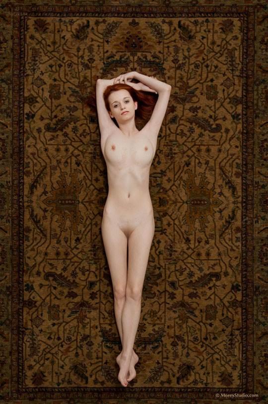 【外人】海外の美人な金髪お姉さんのヌードを集めたポルノ画像 12138