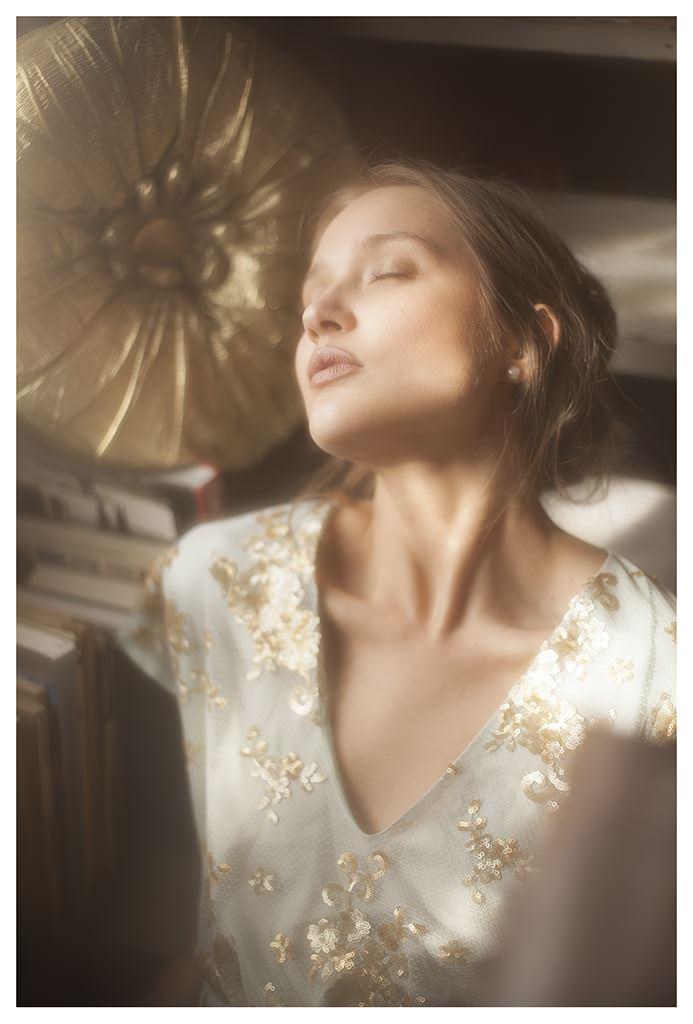 【外人】女性写真家ヴィヴィアン・モクが映し出す芸術的なセミヌードポルノ画像 1256