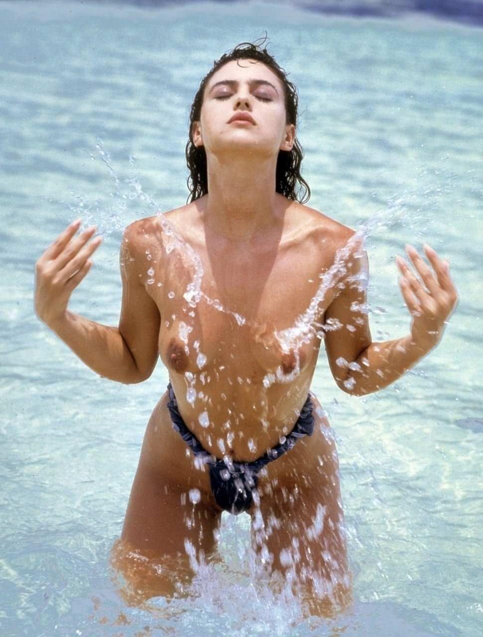 【外人】イタリア人女優モニカ・ベルッチ(Monica Bellucci)の大胆おっぱい露出ポルノ画像 1289