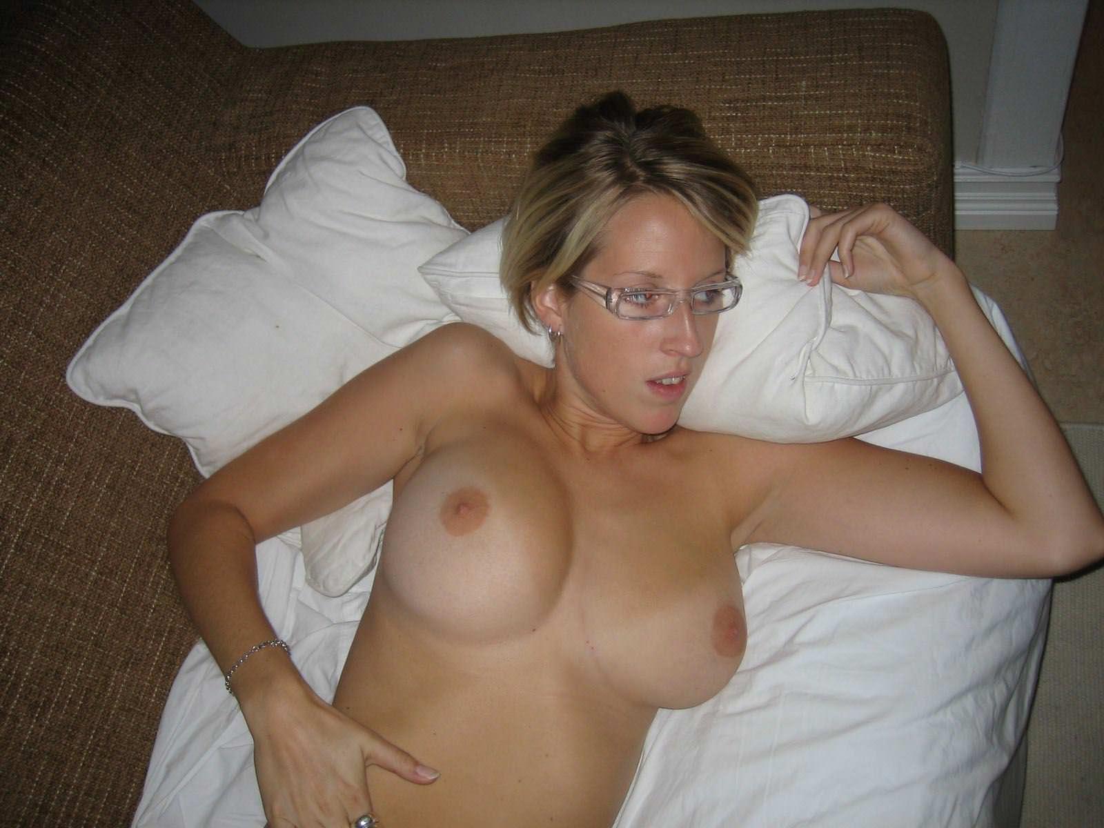 【外人】スウェーデンの金髪素人美女が彼氏とエッチして妊娠した姿を晒すポルノ画像 13108