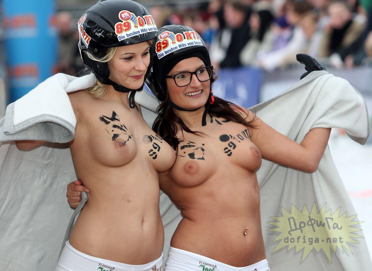 【外人】ドイツのヌードソリ世界選手権2014で金髪美女めっちゃ可愛い露出ポルノ画像 13115