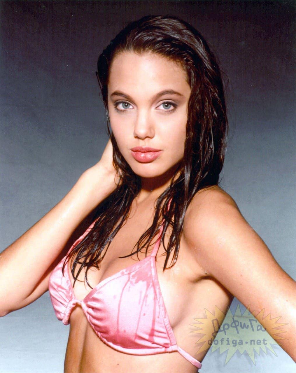 【外人】世界トップレベルの美女アンジェリーナ·ジョリー(Angelina Jolie)のポルノ画像 13173