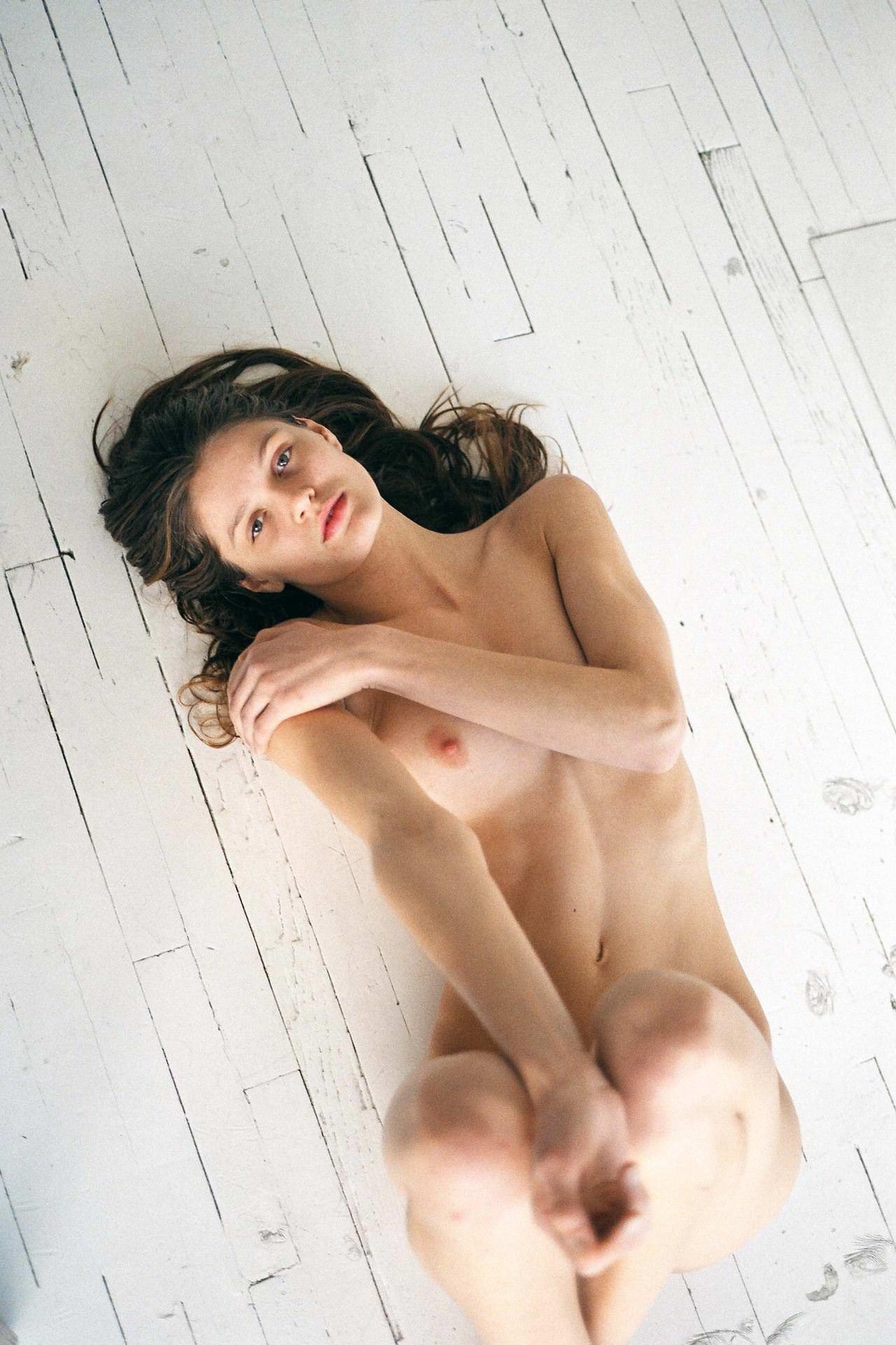 【外人】アメリカ人モデルの超絶美女リベカ・アンダーヒル(Rebekah Underhill)のフルヌードポルノ画像 13210