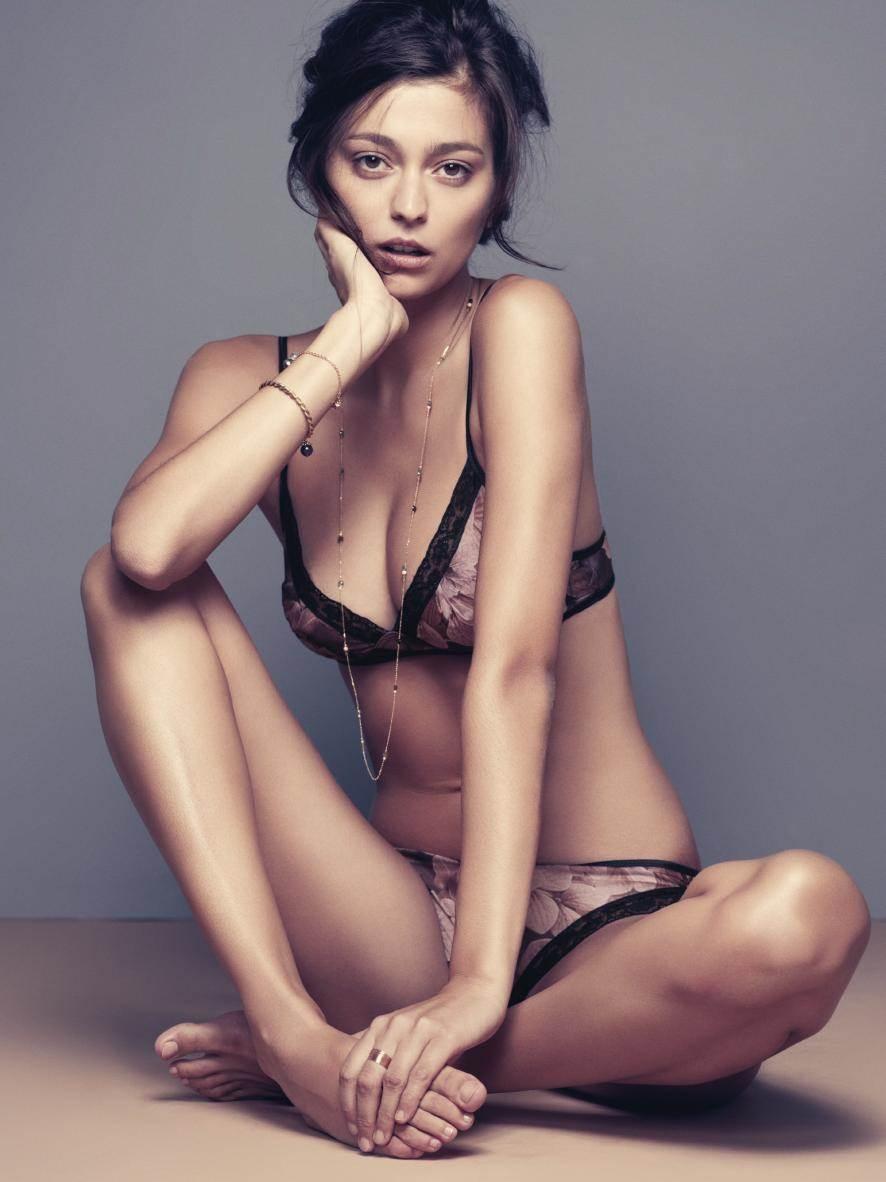 【外人】世界のトップモデルのモルガン・デュブレ(Morgane Dubled)のセクシー下着ポルノ画像 14135