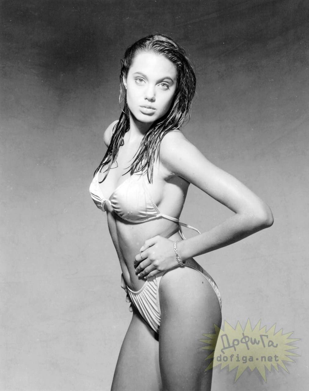 【外人】世界トップレベルの美女アンジェリーナ·ジョリー(Angelina Jolie)のポルノ画像 14164