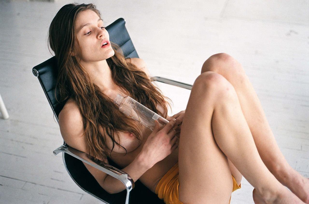 【外人】アメリカ人モデルの超絶美女リベカ・アンダーヒル(Rebekah Underhill)のフルヌードポルノ画像 14200