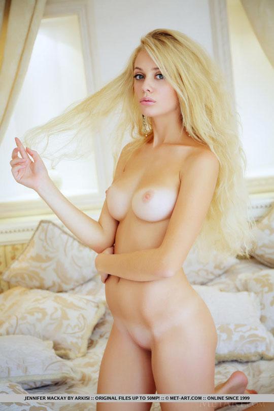 【外人】ウクライナ超絶美女のジェニファー·マッケイ(Jennifer Mackay)が美巨乳晒すポルノ画像 143