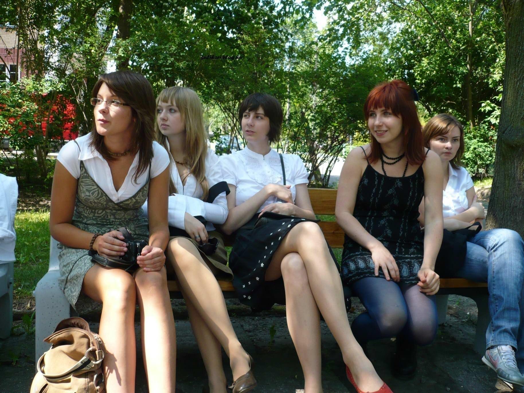 【外人】ロシア人の学生たちがめっちゃ可愛くて大人っぽい制服ポルノ画像 15154