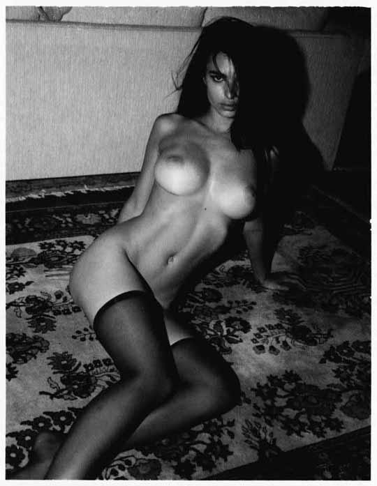 【外人】英国モデルのエミリー・ラタコウスキー(Emily Ratajkowski)の大胆なおっぱいフルヌードポルノ画像 1538