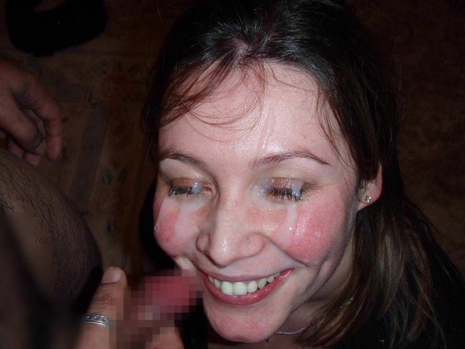 【外人】たっぷり白濁ザーメンをぶっかけられる素人の顔射ポルノ画像 1571