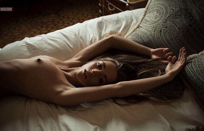 【外人】プリップリのおっぱいやお尻が美味しそうなロシア人美女のポルノ画像 16111