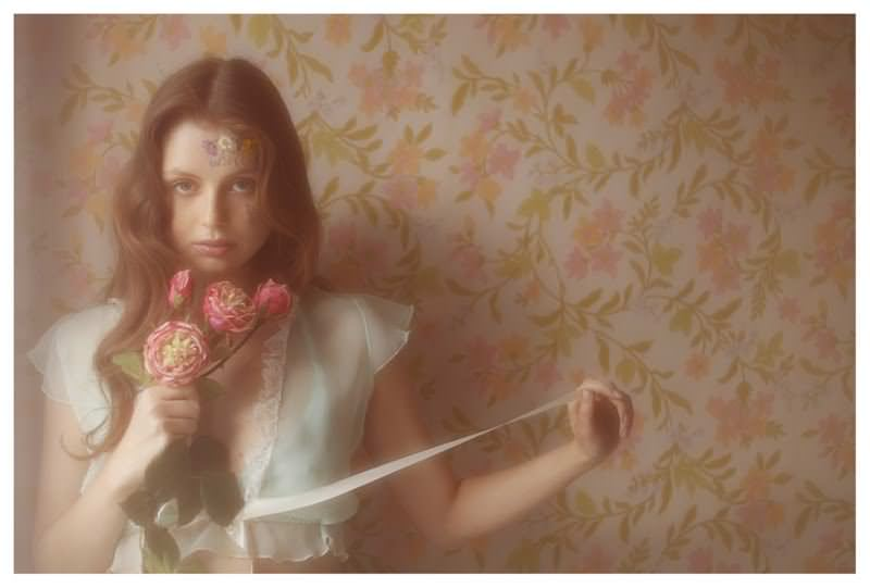 【外人】女性写真家ヴィヴィアン・モクが映し出す芸術的なセミヌードポルノ画像 1649