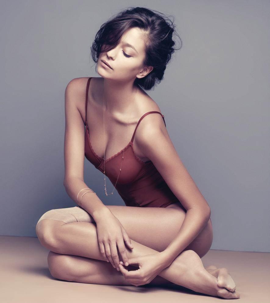 【外人】世界のトップモデルのモルガン・デュブレ(Morgane Dubled)のセクシー下着ポルノ画像 17118