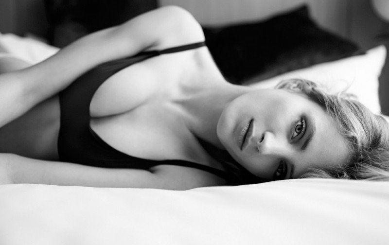 【外人】顔面だけで抜けるレベルのベルギーモデルのファニー・フランソワ(Fanny Francois)の美乳おっぱいポルノ画像 176
