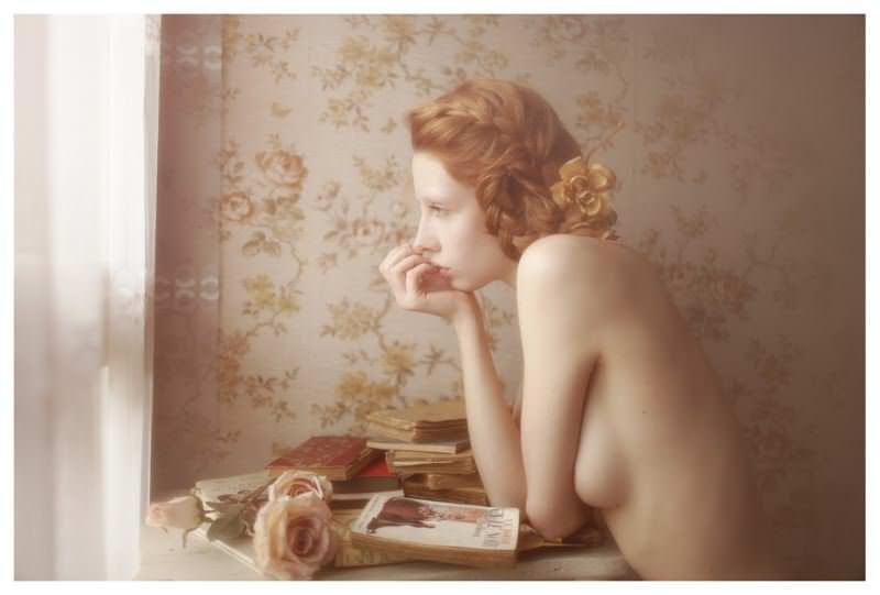 【外人】女性写真家ヴィヴィアン・モクが映し出す芸術的なセミヌードポルノ画像 1843